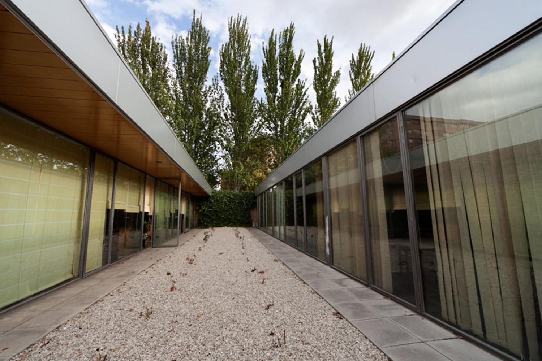 centro-civico-biblioteca-parquesol-2