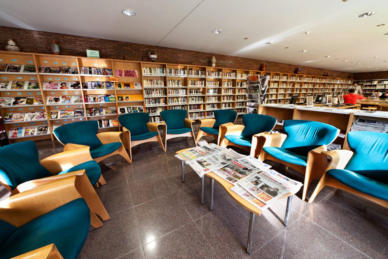 centro-civico-biblioteca-parquesol-8